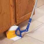 Home - Telescoping Corner Broom with Swivel Head