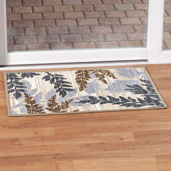 Leaf Print Accent Rug - View 1