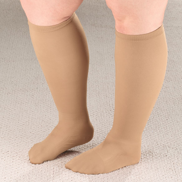 Extra Roomy Compression Socks, 15–20 mmHg - View 1