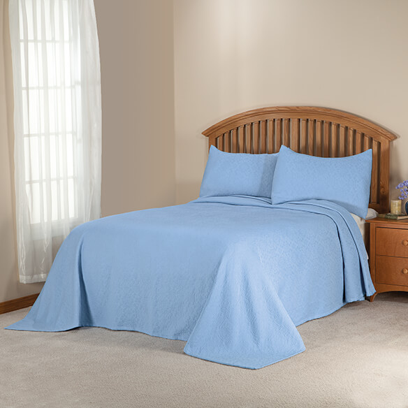 Margaret Matelassé Bedspread/Sham Full Lt Blue by OakRidge™