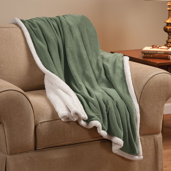 Ultra Plush Microfiber Sherpa Throw by OakRidge™ Comforts - View 2
