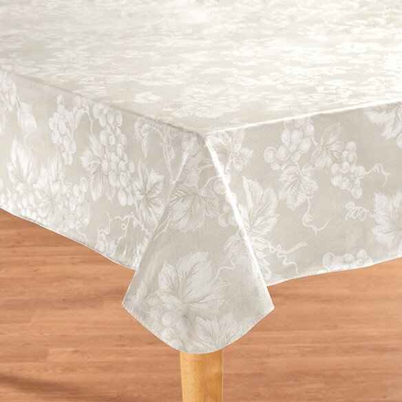 Grape Vine Premium Vinyl Table cover - View 2